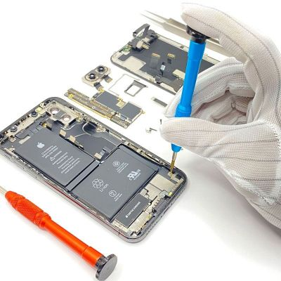 IPHONE REPAIRS DUBAI  We've been fixing iPhones since the first generation. Add to that original parts, on-the-spot service, a 6-month warranty and the most affordable prices. Need we say more? Your search is over. Go to Guardian Computer Help now! You won't go anywhere else afterward. Visit our website: https://www.guardianzit.com/iphone-repairs/